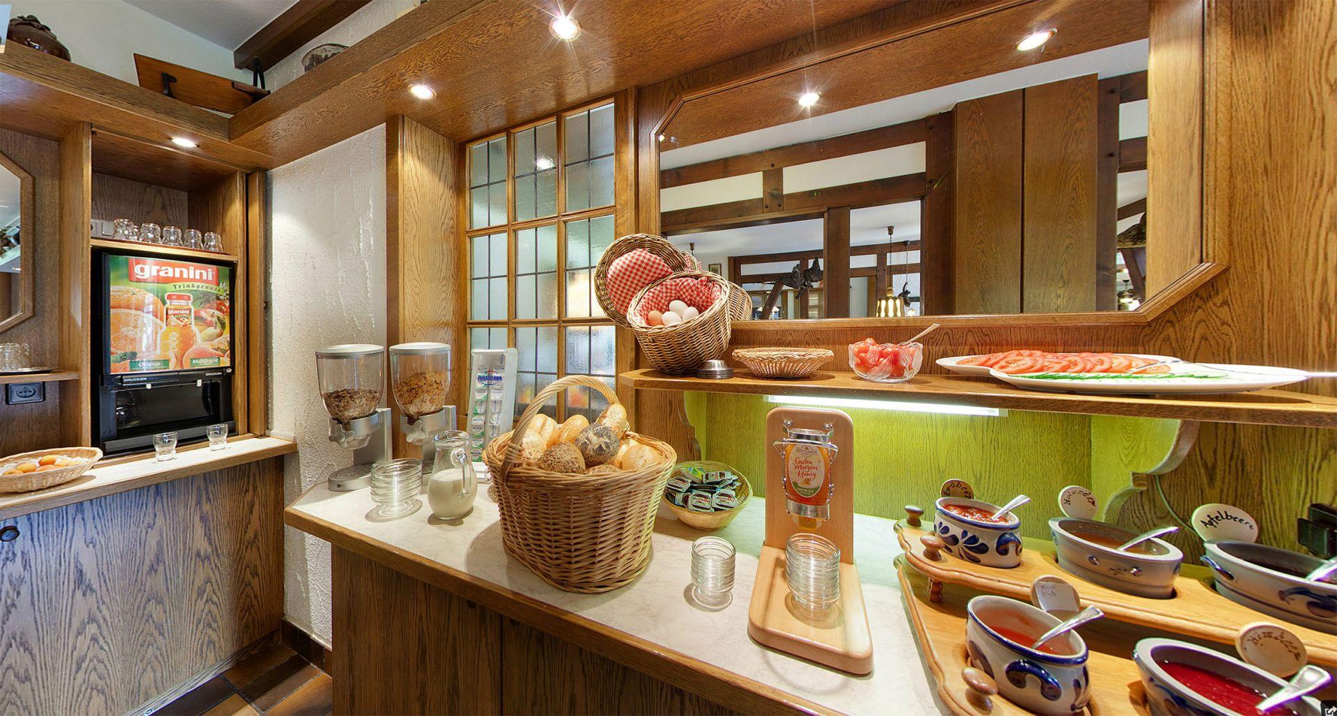 fr hst ck a la carte hotel restaurant gut vorwald in schmallenberg oberkirchen im sauerland. Black Bedroom Furniture Sets. Home Design Ideas